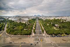 Champs-Elyses von oben (Georg Hirsch) Tags: city paris france frankreich arcdetriomphe champselyses vogelperspektive prachtstrase