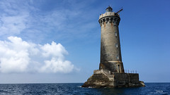 Le Four (Dimitri Fossard) Tags: blue sea cloud mer lighthouse bretagne breizh bleu nuage phare bzh iroise