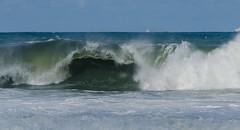 Big waves (mcvmjr1971) Tags: sea praia beach brasil riodejaneiro mar seaside nikon offshore litoral f28 niteri itacoatiara sigma150mmmacro d7000 tokina1116 mmoraes