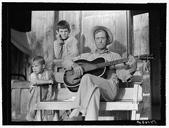 Father playing guitar with his two sons, Natchitoches, Louisiana, June 1940 by Marion Post Wolcott. [9443x7162] #HistoryPorn #history #retro http://ift.tt/1Yt8O03 (Histolines) Tags: two playing history june by louisiana with post guitar father 1940 marion retro his timeline natchitoches sons wolcott vinatage historyporn histolines 9443x7162 httpifttt1yt8o03