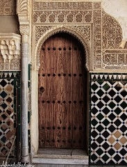 Alhambra Palace 15 قصر الحمراء / Granada / Spain - 27.03.2012 (Ahmed Al.Badawy) Tags: h5alhambrapalaceقصرالحمراءgranadaspain hutectshotsahmedbadawyislamicarchitecture