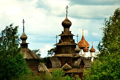 Wooden churches in Suzdal (Unesco world heritage) (Frans.Sellies) Tags: imm002 russia suzdal    resurrection churchoftheresurrection churchofthetransfiguration