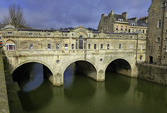 Pulteney Bridge (marathoniano) Tags: city inglaterra bridge england art architecture ro river puente town arquitectura bath village arte pueblo somerset villa pont reflexions reflexion avon reflejos ayuntamiento poble thegalaxy marathoniano holidaysvacanzeurlaub ramnsobrinotorrens