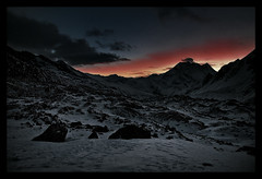 dawn on larkya la (doug k of sky) Tags: nepal dawn la doug pan himalaya puchi manaslu larke mountainscapes larkya kofsky