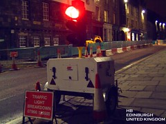 023 (hmb999) Tags: light trafficlight edinburgh roadworks breakdown lamps