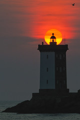 _LN13469 : kermorvan (Brestitude) Tags: sunset lighthouse france brittany bretagne breizh phare coucherdesoleil finistère leconquet kermorvan d700 brestitude