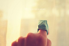 Day 149/366 - Origami ring (MPhotography.) Tags: 50mm origami bokeh canon450d beyondbokeh
