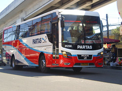 Partas 81298 (eugenegene01) Tags: city man bus buses pub deluxe philippines north transportation co works to motor enthusiast society pasay inc laoag delmonte dm11 partas 81298 18310 philbes hocl airsus
