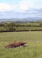 blot (Robeevans) Tags: uk greatbritain mountains tree abandoned field grass wales rural canon landscape eos rebel countryside rust britain cymru rusted fields rusting flytipping dumped 500d flytip t1i