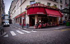 Caf des 2 Moulins - Montmartre, Paris (ChrisGoldNY) Tags: city travel red urban paris france streets french bars europa europe european forsale eu montmartre cobblestone viajes amelie posters moviesets movies vacations awnings bookcovers cafes brasserie locations albumcovers amlie eater gridskipper restuarants lefabuleuxdestindamliepoulain ruelepic cafdes2moulins cafdesdeuxmoulins jaunted chrisgoldny chrisgold chrisgoldphoto