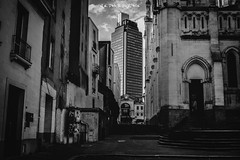 (QEphotographie) Tags: nantes city blackandwhite street contract architecture photography photographie