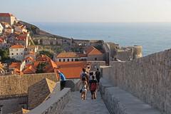 Dobrovnik (anvaliri) Tags: city muro canon croatia ciudad walls oldtown dubrovnik croacia hrvatska murallas 1585