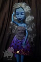 OOAK Abbey Bominable - White Yarn (skiurid_b) Tags: monster high etsy sell repaint custom handmade art cute girl wig mohair