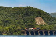 #trains #bridge #susquehannariver #mountains #bluesky #nature #trees (billtrego) Tags: bridge trees mountains nature bluesky trains susquehannariver