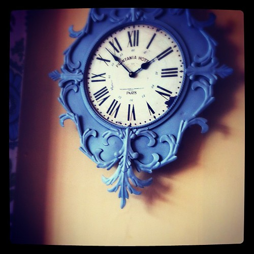 Saw this really cool blue clock today at the new Gower Kitchen Bistro. Saw this really cool blue clock today at the new Gower Kitchen