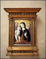 Madona and The Christ Child (greenthumb_38) Tags: california art museum painting la losangeles artwork gallery interior paintings collection gettymuseum 1022mm masterpiece masterpieces thegetty worksofart getycenter thejpaulgettymuseum canon40d jeffreybass