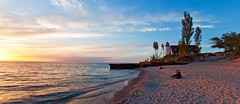 Point Betsie Lighthouse at Sunset (Craig - S) Tags: sunset lighthouse beach sand waves michigan sandy shoreline couples lakemichigan lakeshore sleepingbeardunes frankfort pointbetsie lapping benziecounty