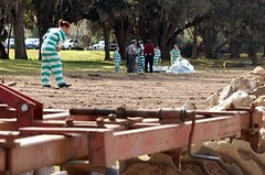prisoners hard at work (Inmate_Stripes) Tags: woman female stripes prison jail convict prisoner inmate