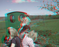 On the loop (katyfernleigh) Tags: 3d anaglyph stereo spm twincamera ixus70 sdmsync