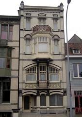 Architectenwoning Alphonse Vandenberghe, Kortrijk (Erf-goed.be) Tags: geotagged westvlaanderen kortrijk archeonet architectenwoning geo:lat=508278 geo:lon=32787 alphonsevandenberghe