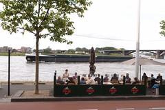 foto gemaakt op 10 juni 2012 op de Waalkade in Nijmegen (Harmen Ganzevles) Tags: waal scheepvaart waalkade vrachtschip