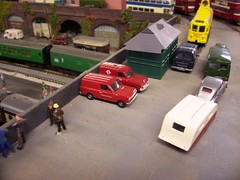 Bedford and Anglia vans parked up. (tubeaxle) Tags: bedford essex modelcar anglia modelrailway canveyisland railwaylayout oxforddiecast castlepointtransportmuseum busmuseum