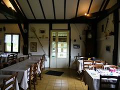 PLNCA - CASTETS - Ferme Auberge LESCA (1) (Cte Landes Nature Tourisme) Tags: de dessert restaurant diner vin pays fromage ferme pastis entre gastronomie plat djeuner repas assiettes landais
