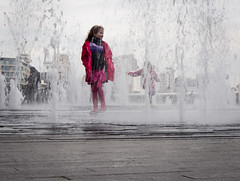 You can't catch me! (louisebrown.photo) Tags: london southbank fountains 2014 wpsouting