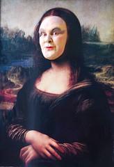 Mona Lisa wishes you a happy Sunday! (dominiquita52) Tags: art painting fun streetphotography lisa mona peinture di leonardo vinci