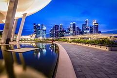 Blue hour on city (.Randy.) Tags: city marina bay cityscape bluehour