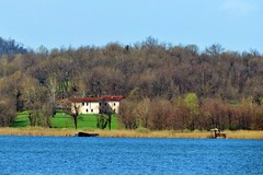 the lake house (Marsala Florio) Tags: italy lake canon lombardia wow1 laghidibrianza ringexcellence sx40hs canonpowershotsx40hs