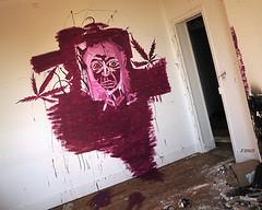 Sirène traumatisée (B.RANZA) Tags: trace histoire waste sanatorium hopital empreinte exil cmc patrimoine urbex disparition abandonedplace mémoire friche centremédicochirurgical