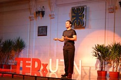 """Federico Pacheco En busca de un nuevo paradigma para la educación • <a style=""""font-size:0.8em;"""" href=""""http://www.flickr.com/photos/65379869@N05/7125984131/"""" target=""""_blank"""">View on Flickr</a>"""