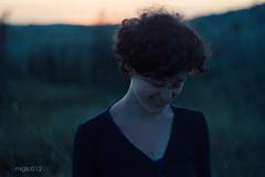 sorridere (miglio) Tags: sunset woman girl canon eos donna tramonto tuscany 7d siena pienza toscana gaia monticchiello canoneos7d