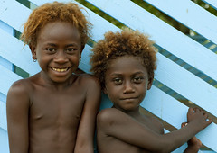 Blonde kids from Bougainville, Papua New Guinea (Eric Lafforgue) Tags: smile island culture tribal png tradition papuanewguinea sourire oceania bougainville  oceanie papuaneuguinea papuanuovaguinea  papouasienouvelleguine papouasienouvelleguinee papuaniugini papoeanieuwguinea papusianovaguin papuanyaguinea   papanuevaguinea    paapuauusguinea  papuanovaguin papuanovguinea   papuanowagwinea papuanugini papuanyguinea  tribetribu png6476