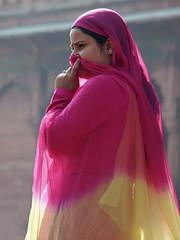 Delhi - Woman (sharko333) Tags: voyage street travel portrait people woman india asia asien delhi olympus asie indien reise e5