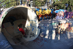 Skating in Parque O' Higgins, Santiago de Chile (sensaos) Tags: zuid amrika south america santiago de chile chili travel sensaos 2012 capital viajar park skate skating people skaters parc sports skateboard urban skateboarding
