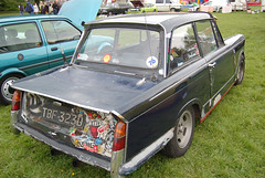 caldicot-classic-car-show-may-2012-099