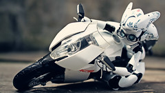 Corner Speed (AdrianWee) Tags: race speed corner toys photography ktm charming drossel rc8 figma adrianwee