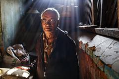 Backlit portrait - Pyin Oo Lwin, Myanmar (Maciej Dakowicz) Tags: light portrait asia burma myanmar pyinoolwin