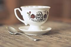 Hendrick's coffee (sonia.sanre) Tags: brown coffee composition vintage relax cafe time spoon calm mug marron taza hendricks cuchara
