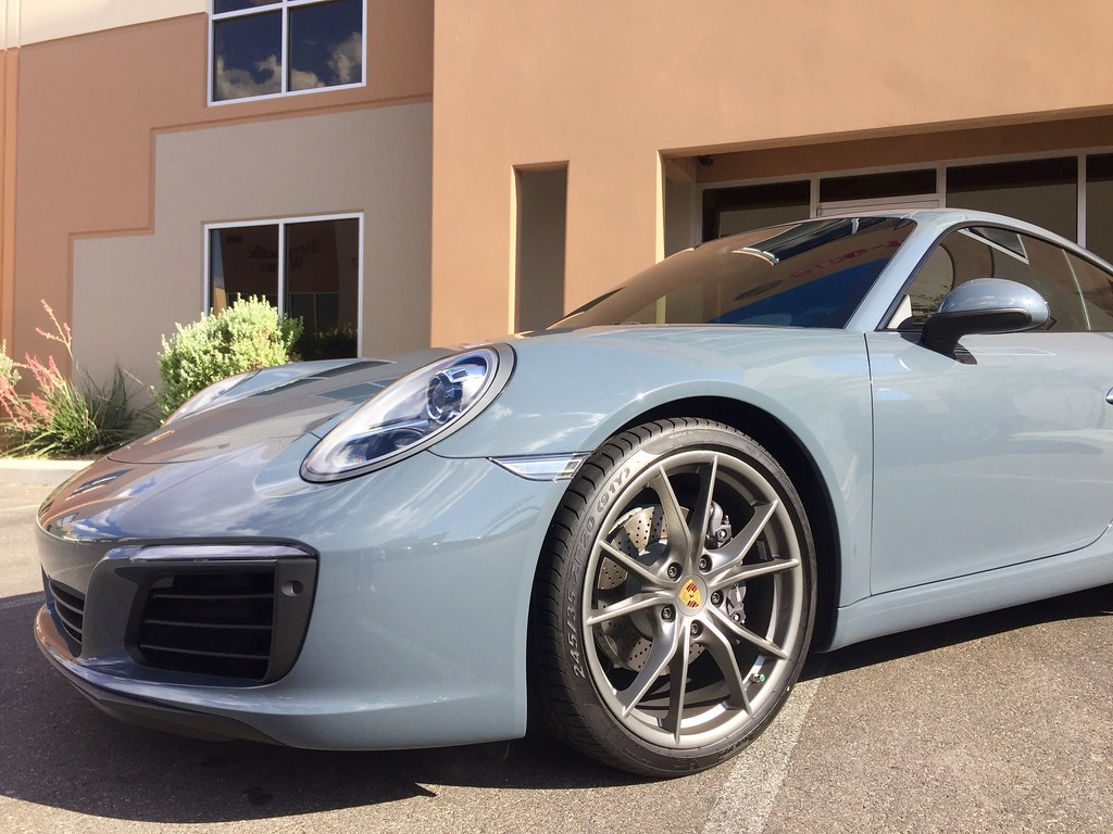 2016 Porsche 911 Carrera Graphite Blue Metallic