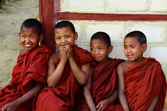 Four Smiles (cormend) Tags: travel red portrait boys smile trekking trek canon children eos asia state hiking sleep burma buddhist religion monk hike monastery monks myanmar inle southeast shan touring stay robes birmanie kalaw 50d cormend