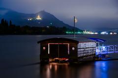 midnight shot, bonn (Tafelzwerk) Tags: water river boot boat nikon wasser bonn ship tamron fluss rhine rhein schiff burg siebengebirge drachenfels rheininflammen d7000 extremetest tafelzwerk 17280mm