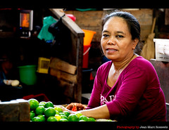 The Lime Seller (jean-marc rosseels) Tags: portrait woman colors canon indonesia market lime surabaya pasar eastjava canon7d pasarpabean jeanmarcrosseels