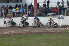 Tapes Up (Richard Amor Allan) Tags: bike mud bikes cycle stokeontrent rider tapes speedway cycles riders motorcyles scunthorpesaints stokepotters loomerroad