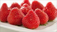 P1080945-Strawberries (mosselstraat9.nl) Tags: food fruit strawberries olympus panasonic aardbeien m43 gf1 brabantsewal microfourthirds 45mm18 mzuiko