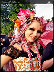 lovely girl (Schneeglöckchen-Photographie) Tags: girl lovely bunt gotik wgt wavegotiktreffen