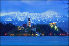 Lake Bled (nabilishes [on and off]) Tags: alps castle nationalpark glacier slovenia bled slovenija slowenien bohinj lakebled julianalps glacierlake blejskiotok triglavnationalpark slavic bledcastle bledisland cerkevmarijinegavnebovzetja pilgrimagechurchoftheassumptionofmary nabilishes nabilza republicslovenija