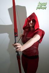 IMG_0366 (Neil Keogh Photography) Tags: red black female comics dc pants mask top jacket hero hood cosplayer dccomics armour merc redarrow mercenary bowarrow salfordcomiccon2016